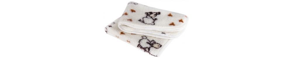 Одеяло из шерсти мериноса, верблюда.